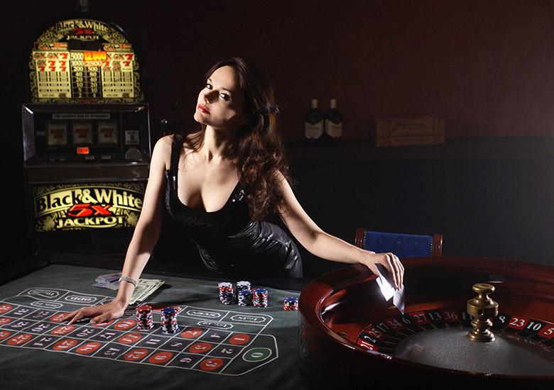 カジノ女性